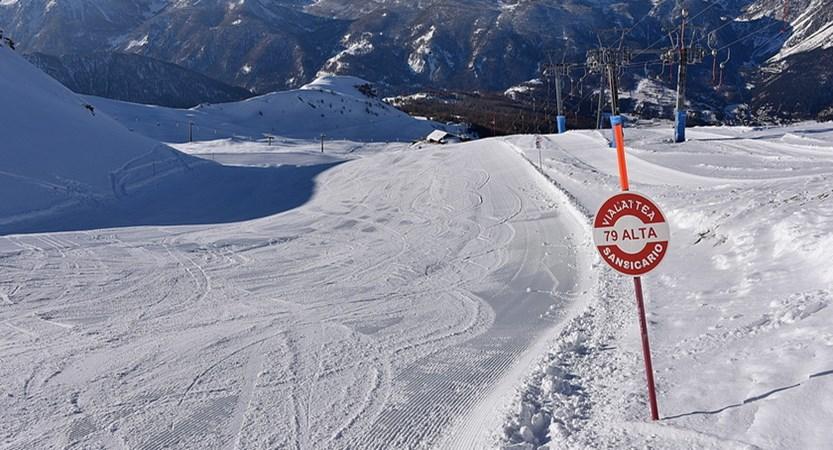 Ski area3.jpg