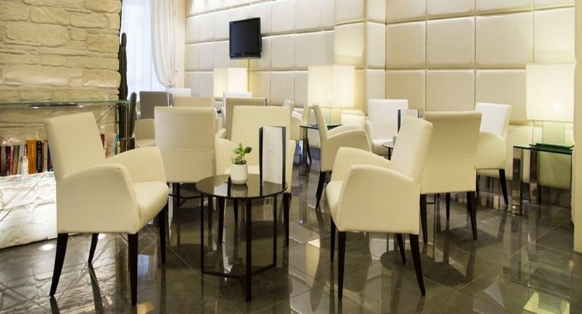 Hotel Antico Borgo Lounge.jpg