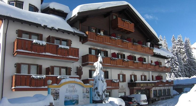 italy_dolomites-ski-area_arabba_hotel_evaldo_Exterior.jpg (1)