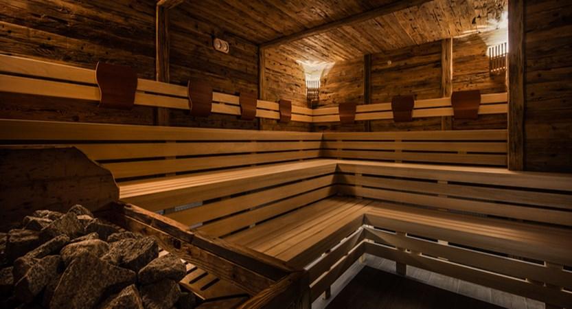 italy_dolomites_la_villa_hotel_christiania_sauna.jpg