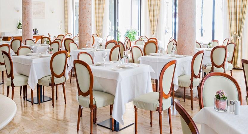 Hotel Sirmione, Dining Room