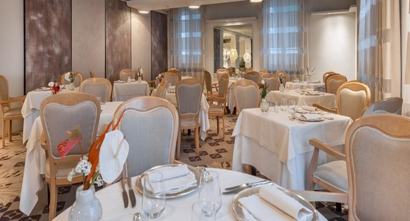 Hotel Olivi Restaurant.jpg