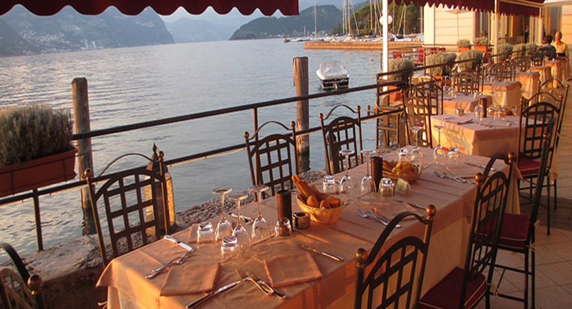 Araba Fenice Terrace Restaurant.jpg