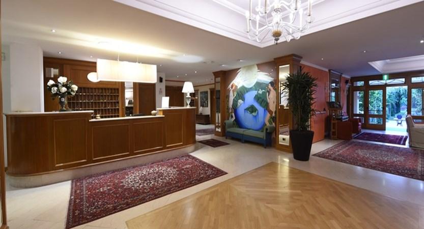 Hotel Iseolago Reception.jpg