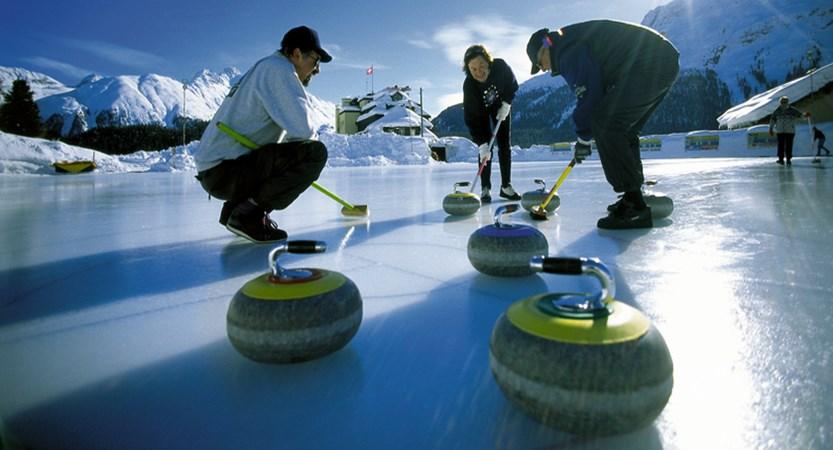 St. Moritz Curling.jpg