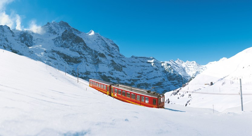 Jungfraubahn ski train.jpg