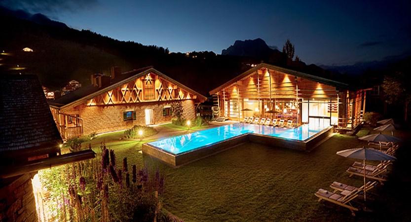 hotel-gasthof-post-outdoor-pool.jpg