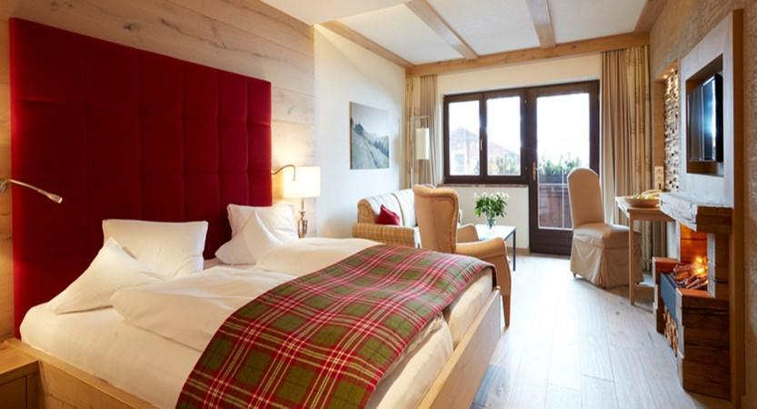 Hotel Room3.jpg