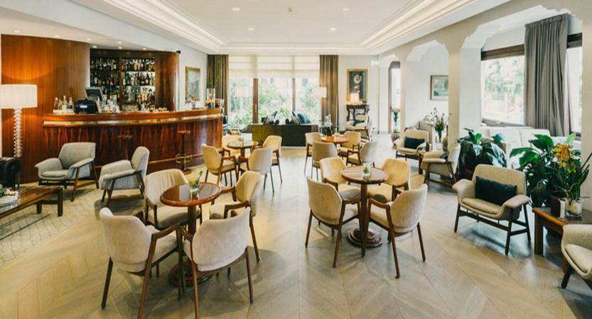 Hotel La Palma Bar.jpg