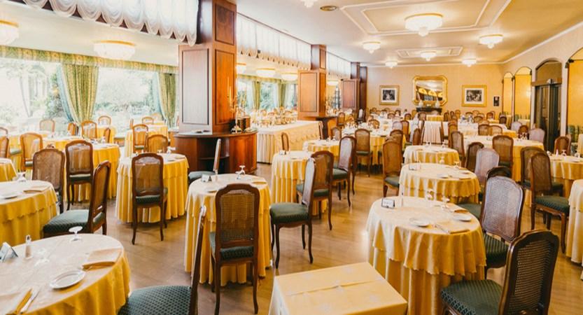 Hotel La Palma Restaurant.jpg