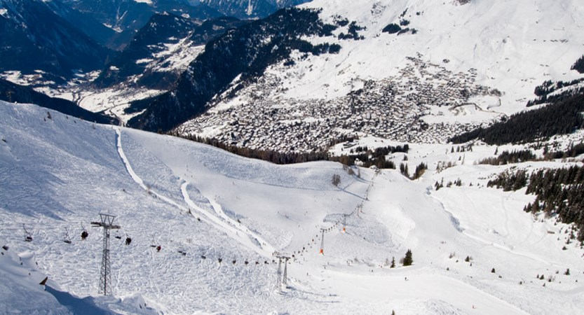175km of local pistes and 412km whole area.jpg