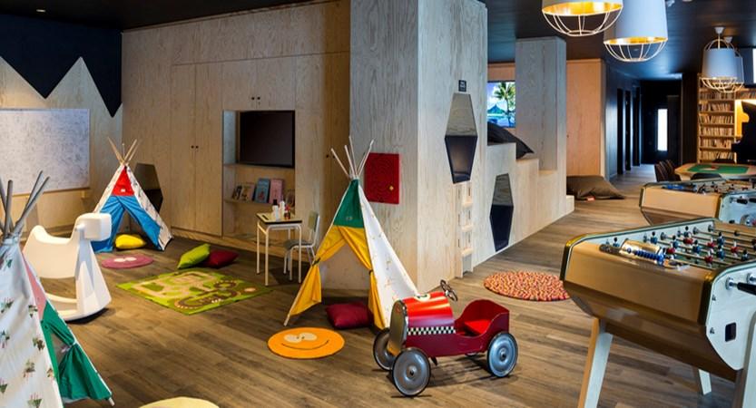 10.Araucaria Hotel & Spa - Espace jeux enfants HD.jpg