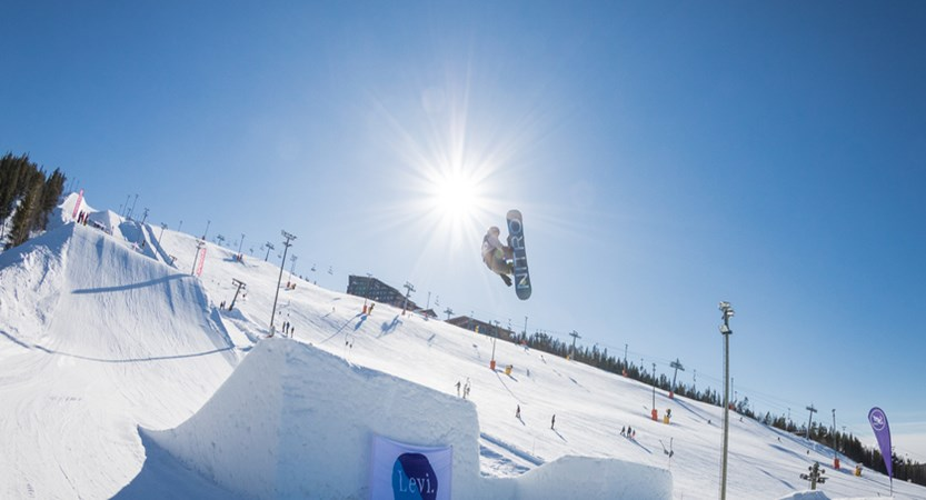 Levi_Snowboarder.jpg