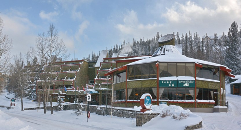 100_Inns_of_Banff_Winter.jpg
