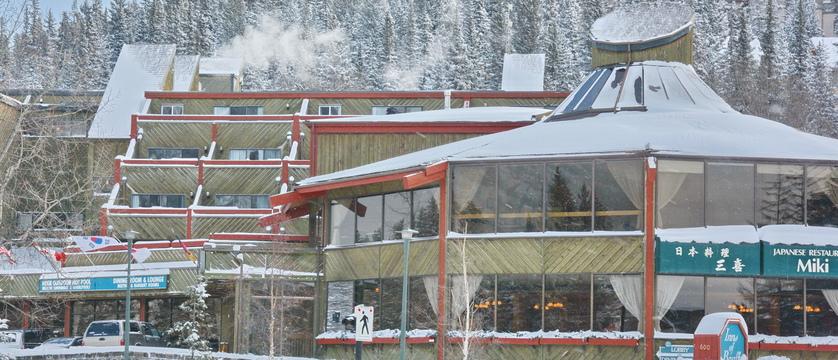 101_Inns_of_Banff_Winter.JPG