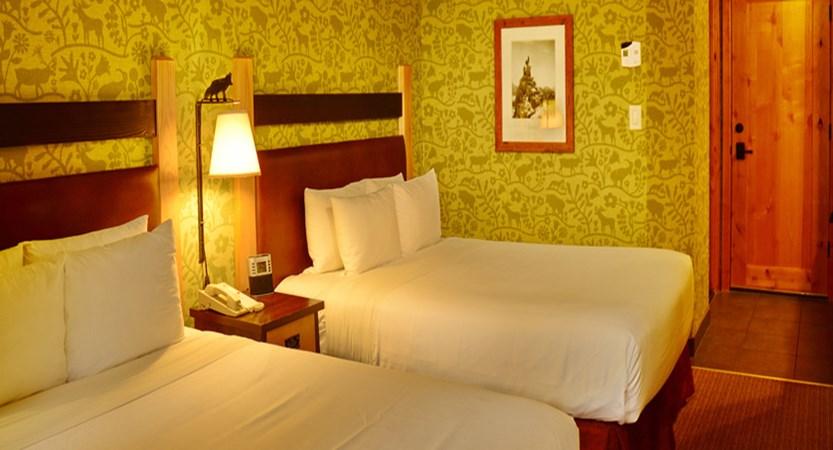 210_Standard_Hotel_Room_2_Doubles.jpg