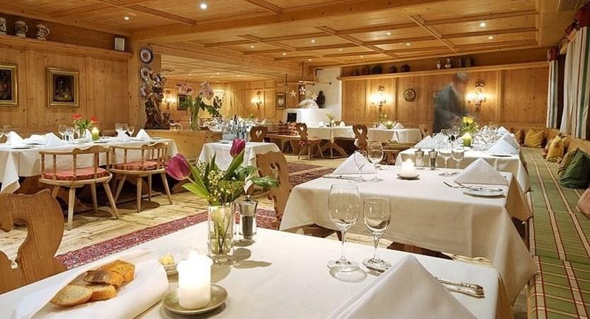 speiseraum-hotel-baer (1).jpg