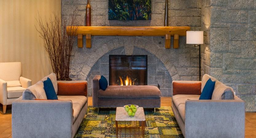 Lounge in Lobby.jpg