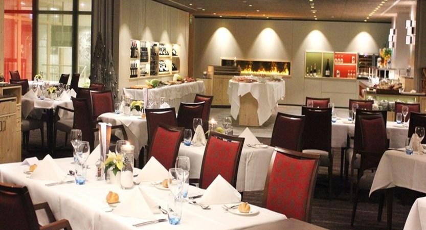 Switzerland_Grindelwald_Hotel_Sunstar_Alpine_Restaurant.jpg