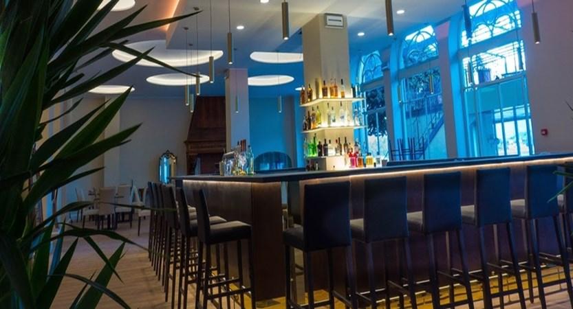 Bazzoni Bar.jpg