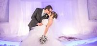 Lapland_Wedding_kiss.jpg
