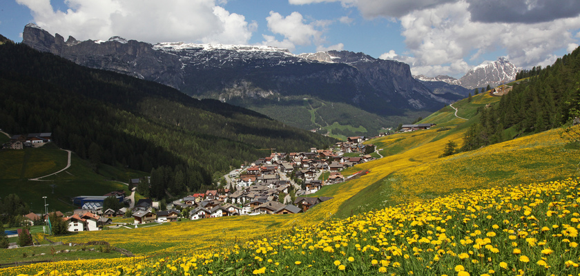 San Cassiano, Valley view