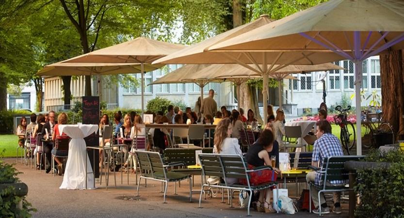 bellini-ristorante-luzern-giardino-garten-terasse-01.jpg