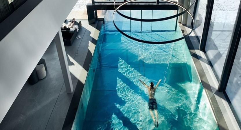 Italy_San-Cassiano_Hotel-Störes_pool.jpg