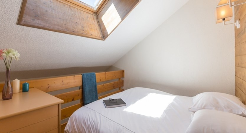 Les Ravines apartments - bedroom