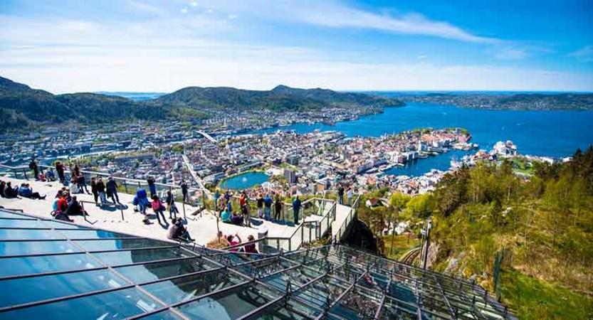 Views from Mount Floyen in Bergen.jpg