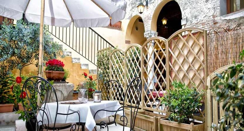 Locanda la-Corte, Venice, Italy - terrace.jpg