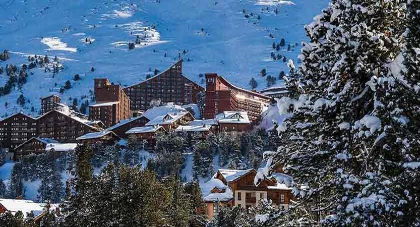 france_paradiski-ski_les-arcs_view.jpg