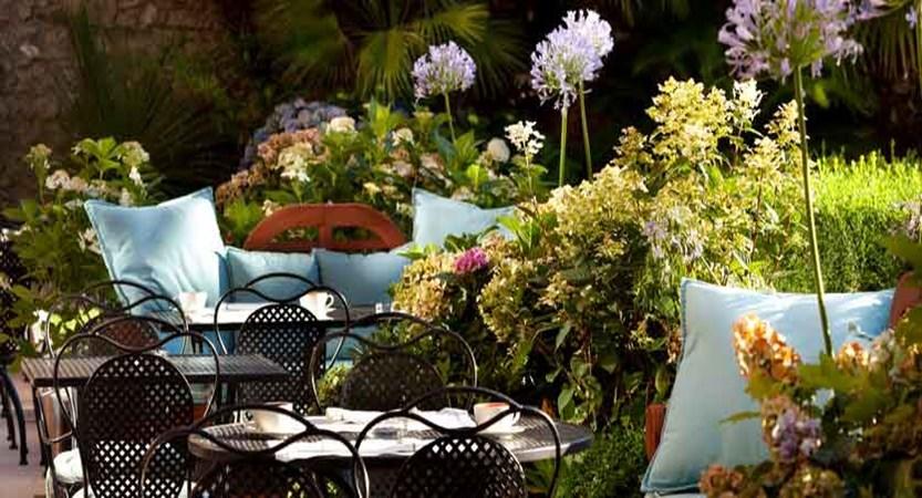 Hotel Park, Desenzano, Lake Garda, Italy - garden.jpg