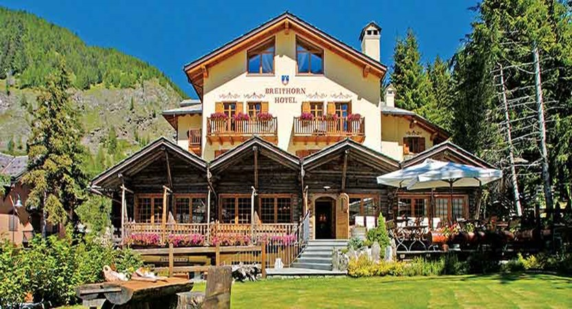 Chalet Hotel Breithorn, Champoluc, Italy - exterior.jpg