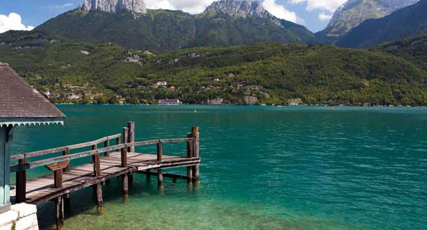 Lake view, Lake Annecy, France.jpg