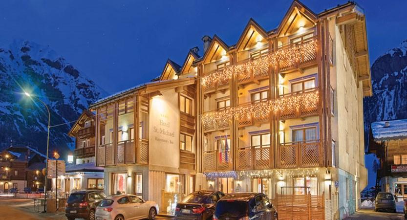 italy_livigno_hotel-st-michael_exterior.jpg