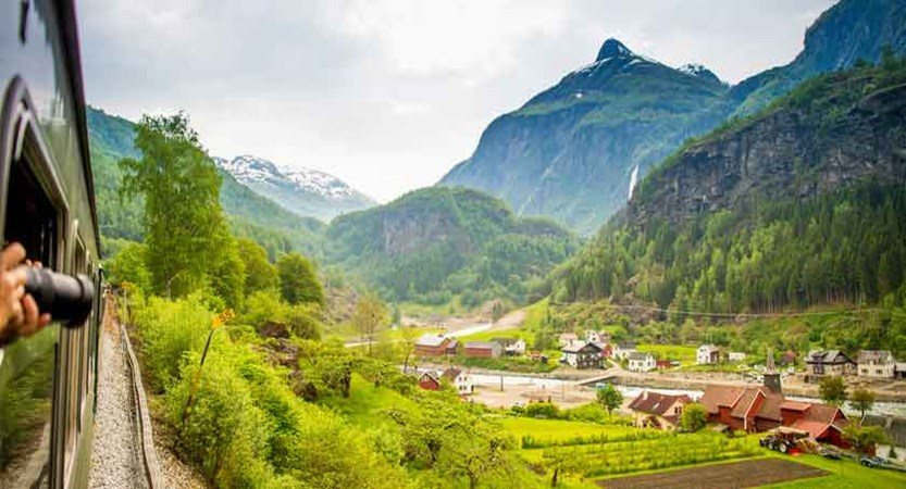 train-station,-Fjaerland-near-Balestrand.jpg