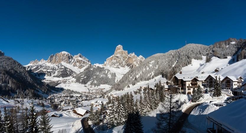 italy_dolomites_corvara_sporthotel-panorama_panorama.jpg