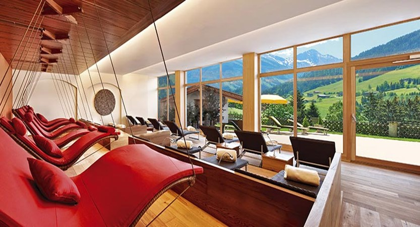 Hotel Alpbacherhof, Alpebach, Austria - spa lounge and relaxation area.jpg