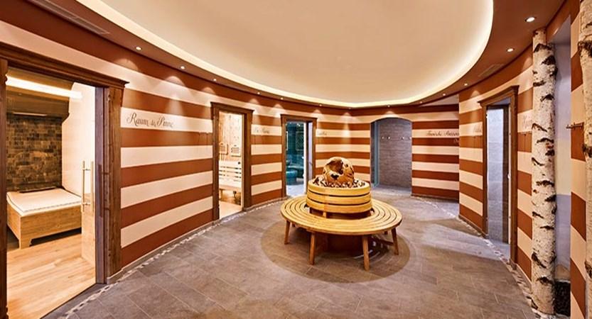 Hotel Alpbacherhof, Alpebach, Austria - spa area.jpg