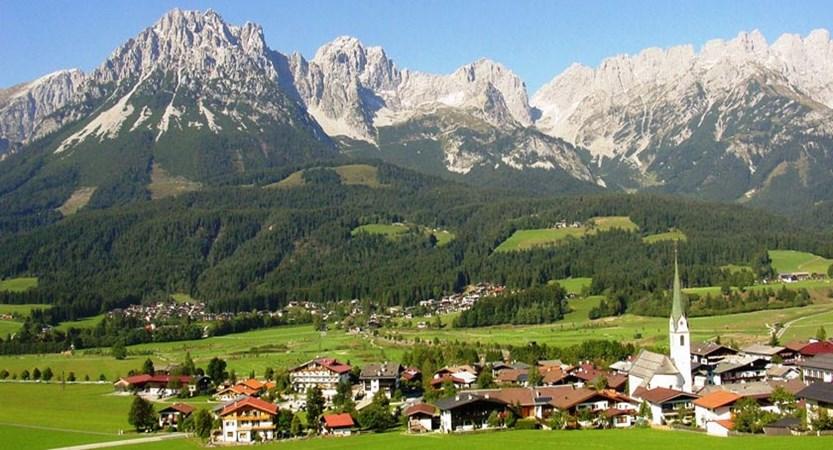 Ellmau, Austria - Village view.jpg