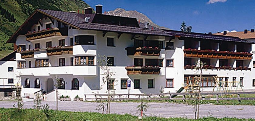 Hotel Büntali, Galtür, Austria - Exterior.jpg