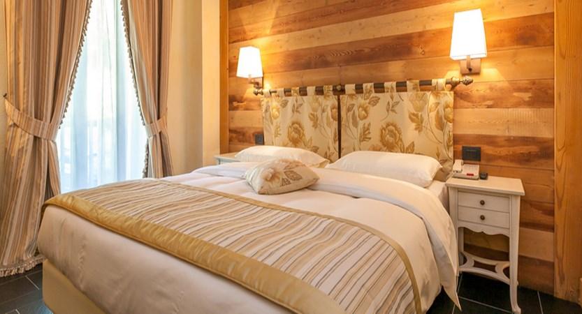 italy_courmayeur_hotel_scotiattolo_junior_suite_comfort.jpg