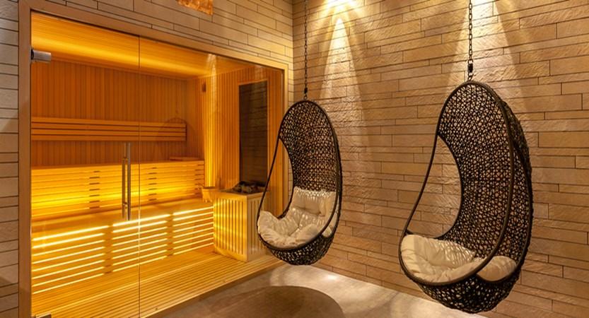 italy_courmayeur_hotel_scotiattolo_sauna.jpg