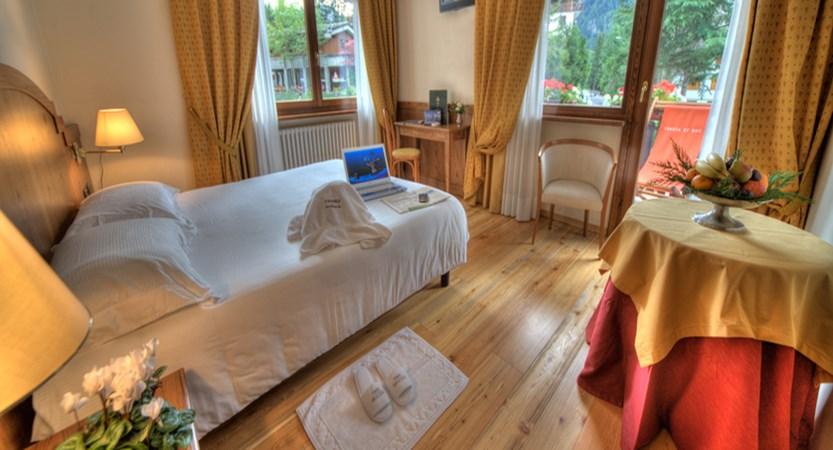 italy_courmayeur_hotel_cresta-et-duc_superior.jpg