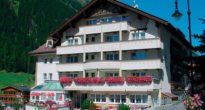 Hotel Jägerhof, Ischgl, Austria - hotel exterior.jpg