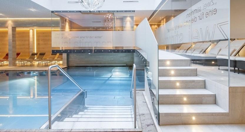 Tyrolerhof_pool.jpg