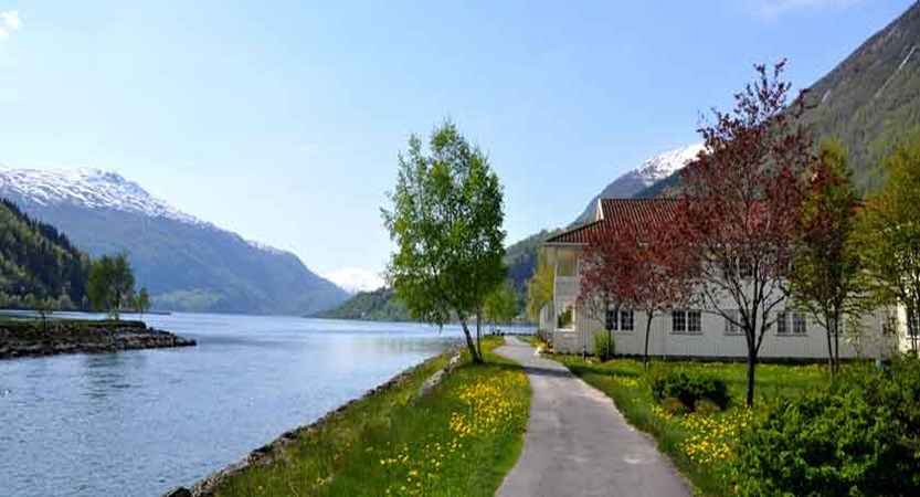 Loenfjord Hotel, Loen, Norway - lakeside view.jpg