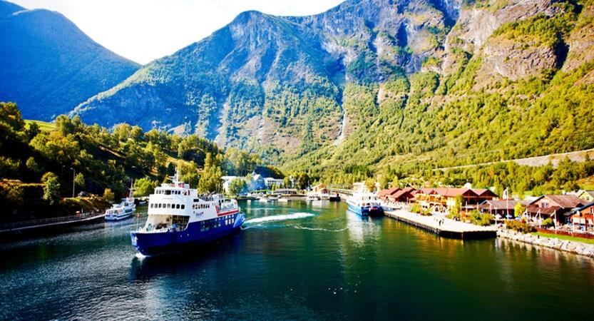 Norway_Ulvik_VisitFlam.jpg