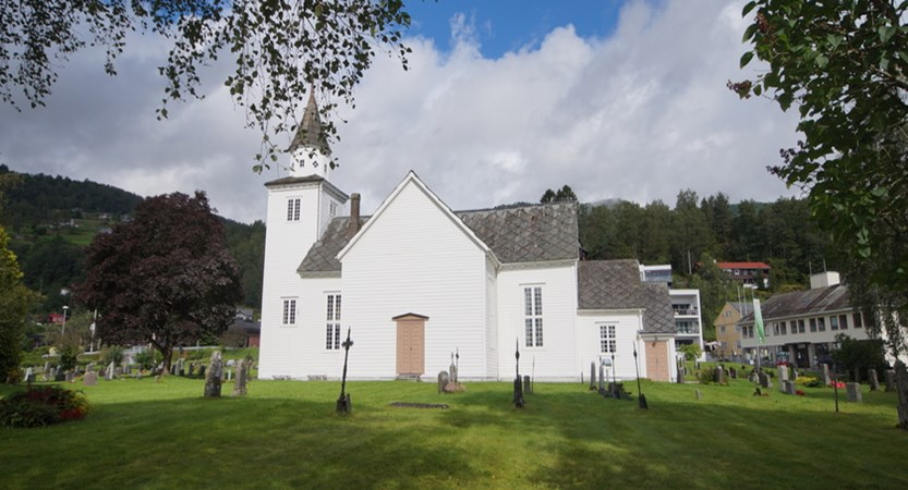 Norway_Ulvik_VillageChurch.JPG